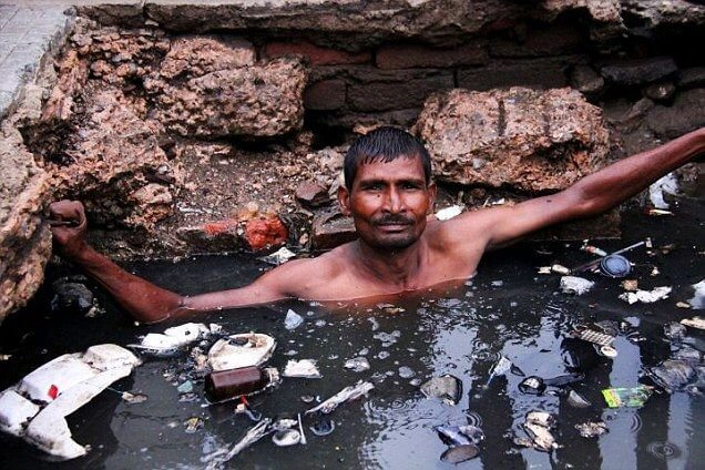 Aswachh Bharat: Where Manual Scavenging Continues Even Today
